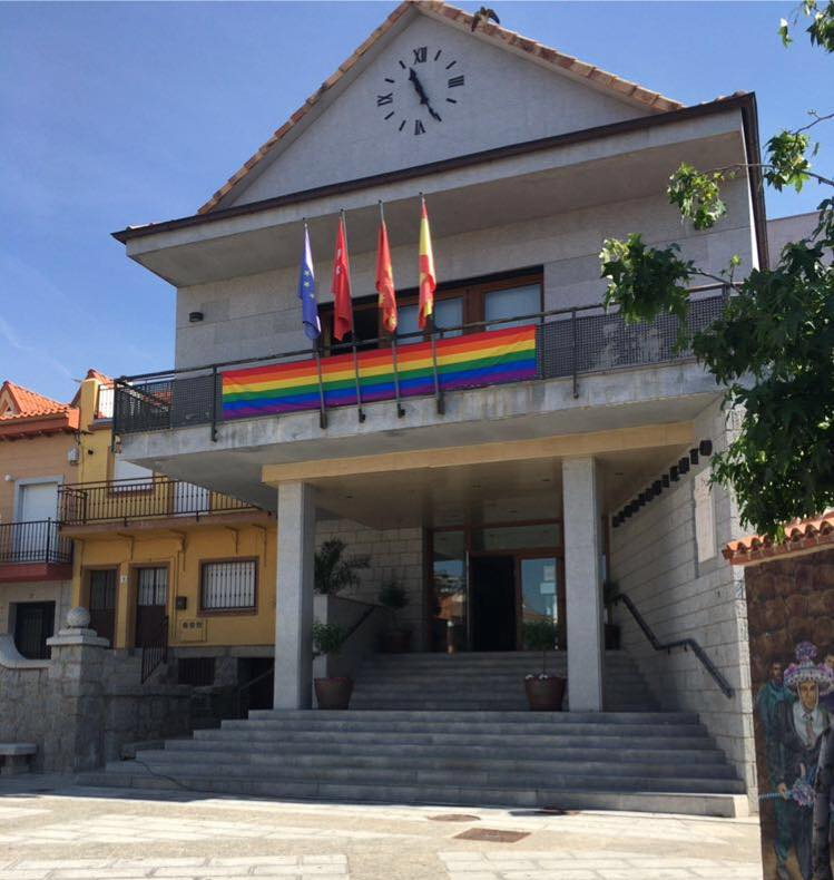 Edificio del Ayuntamiento de Fresnedillas de la Oliva